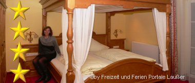 Romantisches Himmelbett im 4 Sterne Hotel Bayerischer Wald
