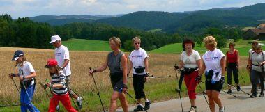 aktivurlaub bayerischer wald wandern und nordic walking sport