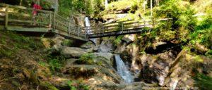 ausflugsziele-bayerischer-wald-highlights-wasserfall-bodenmais-hochfall