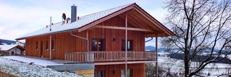 Naturheilpraxis und Ferienwohnung Unterkunft Bauer Hausansicht