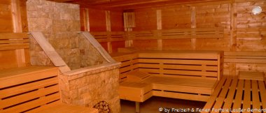 Ferienhaus mit Sauna Ferienhütte für Wellness Urlaub