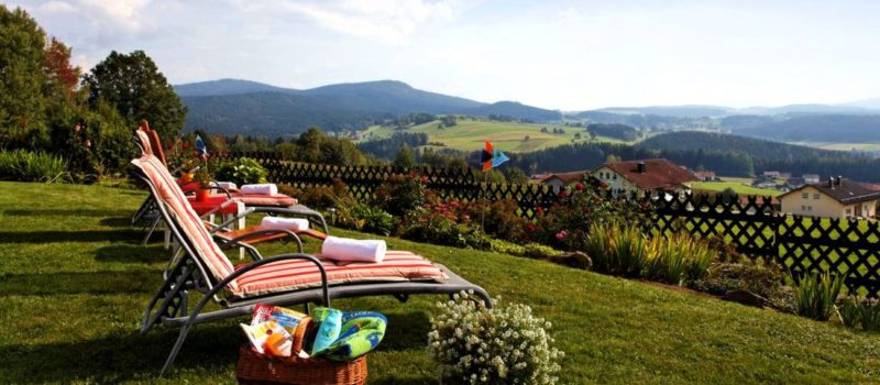eder-landhotel-familienurlaub-bayerischer-wald-landschaft-ausblick-1300