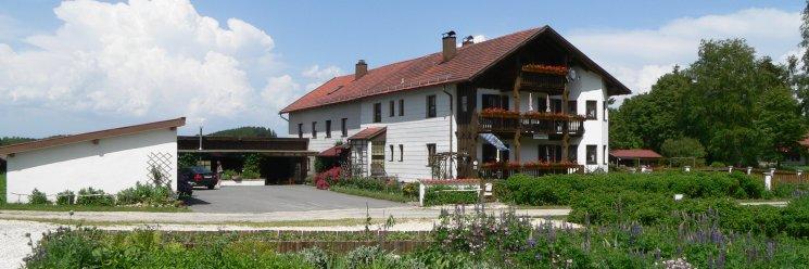 Preiswerte Bayerischer Wald Ferienwohnung Eibl Hausansicht