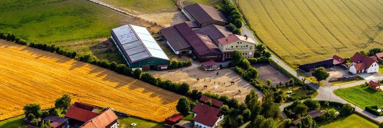 Bayern Reiturlaub mit Reitunterricht für Erwachsene & Kinder am Reiterhof Fuchsenhof
