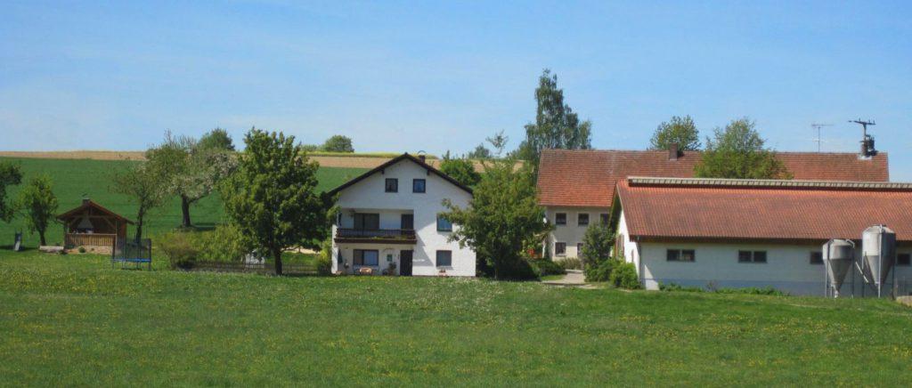 gschwandnerhof-bauernhof-michelsneukirchen-ferienhaus-dengler