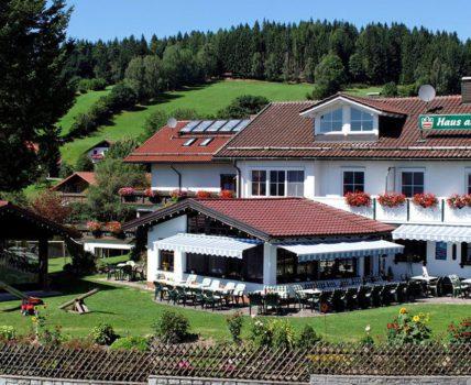 Hotel Haus am Berg in Rinchnach – Kontakt