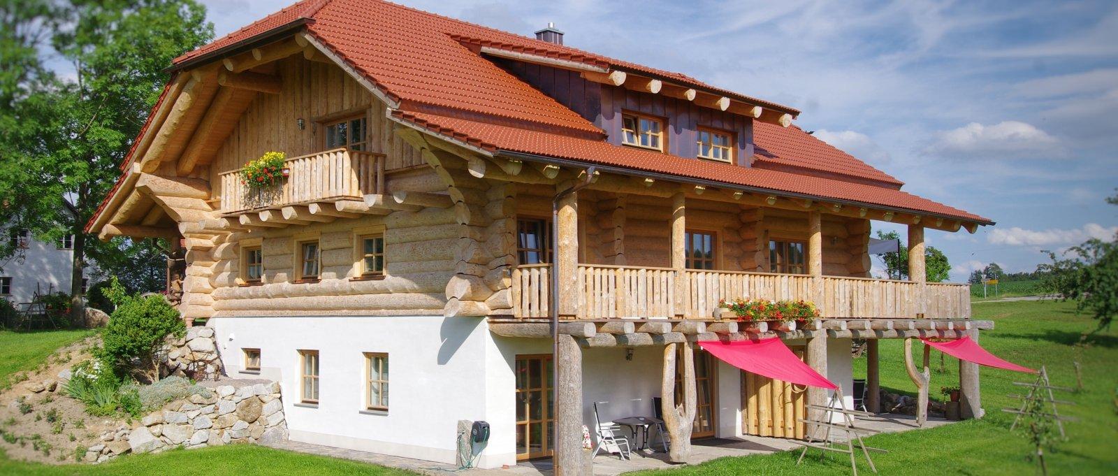 Lugerhof Ferienwohnungen und Blockhaus am Bauernhof