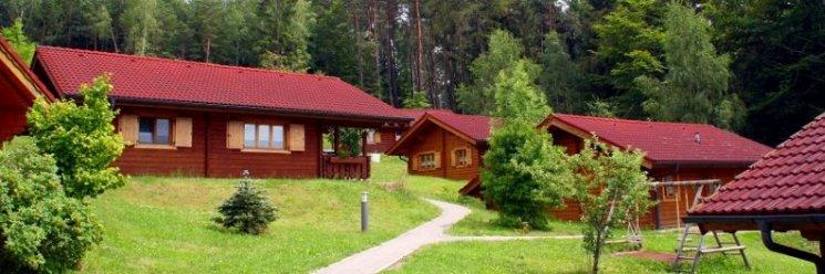 Familien Ferienanlage in Deutschland Ferienhütten Naturerlebnisdorf Stamsried