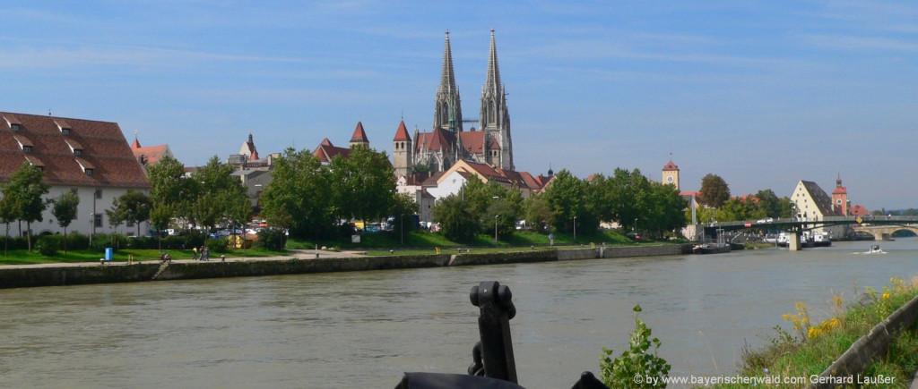 Übernachtung in Regensburg Sehenswuerdigkeiten an der Donau