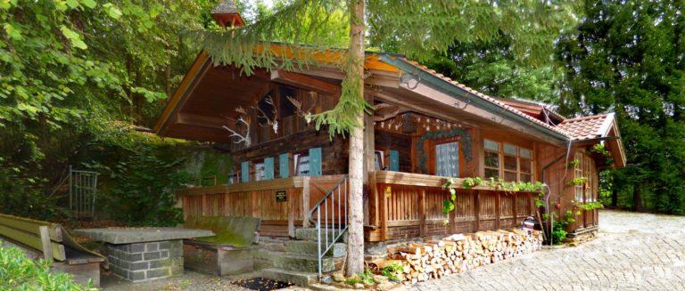 jägerhütte-bayerischer-wald-ferienhütten-zu-vermieten-bayern
