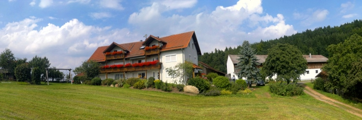 Ferienhof Schiegl Brennberg Hausansicht