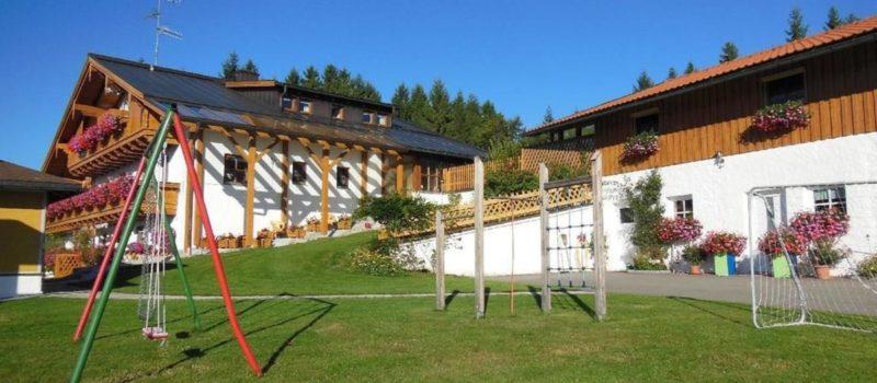 spannbauer-ferienhaus-bayerischer-wald-unterkunft-dreilaendereck-1200