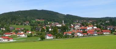 Unterkünfte im Bayerischen Wald idyllisches Dorf