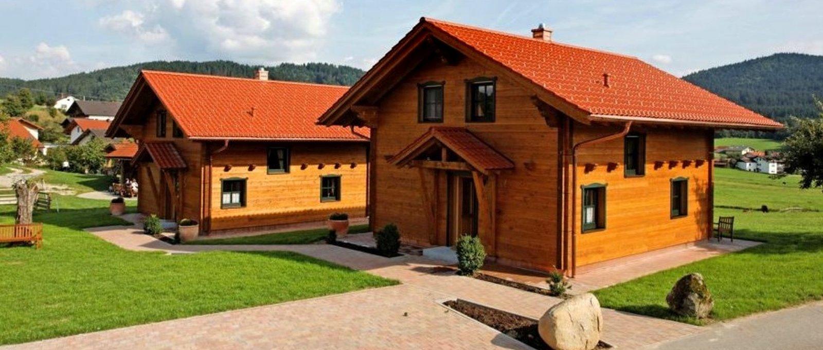 Holzferienhaus am Bauernhof Wenzl in Zwiesel Reiturlaub